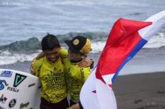 Young Panamanian surfers in Portugal for the ISA World Juniors